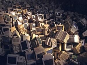 Stop Population la gestion des déchets electroniques