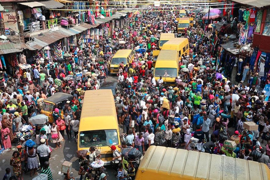 surpopulation-mondiale-Nigeria-Lagos-Marché
