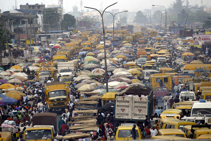 surpopulation-mondiale-Nigeria-Lagos-gare routière